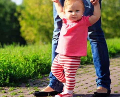 آموزش راه رفتن کودک