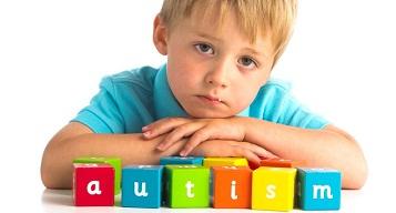علایم واضح اوتیسم