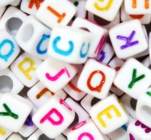 استفاده از مهره در انگیزه به کودکان اتیسم