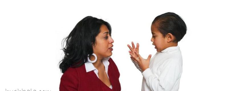 حرف نزدن کودک تا چه سنی طبیعی است ؟