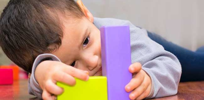 علائم اوتیسم در کودکان سه ساله